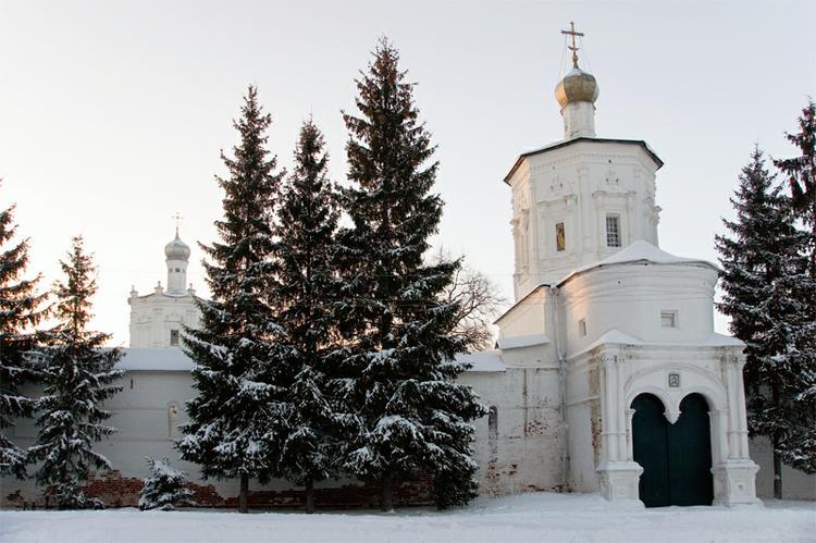 Солотча. Солотчинский женский монастырь